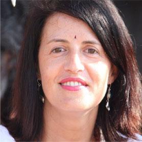 Te ayudamos desde el principio - Formación de Yoga en español en India y Nepal  | rishikulyogshalainspanish